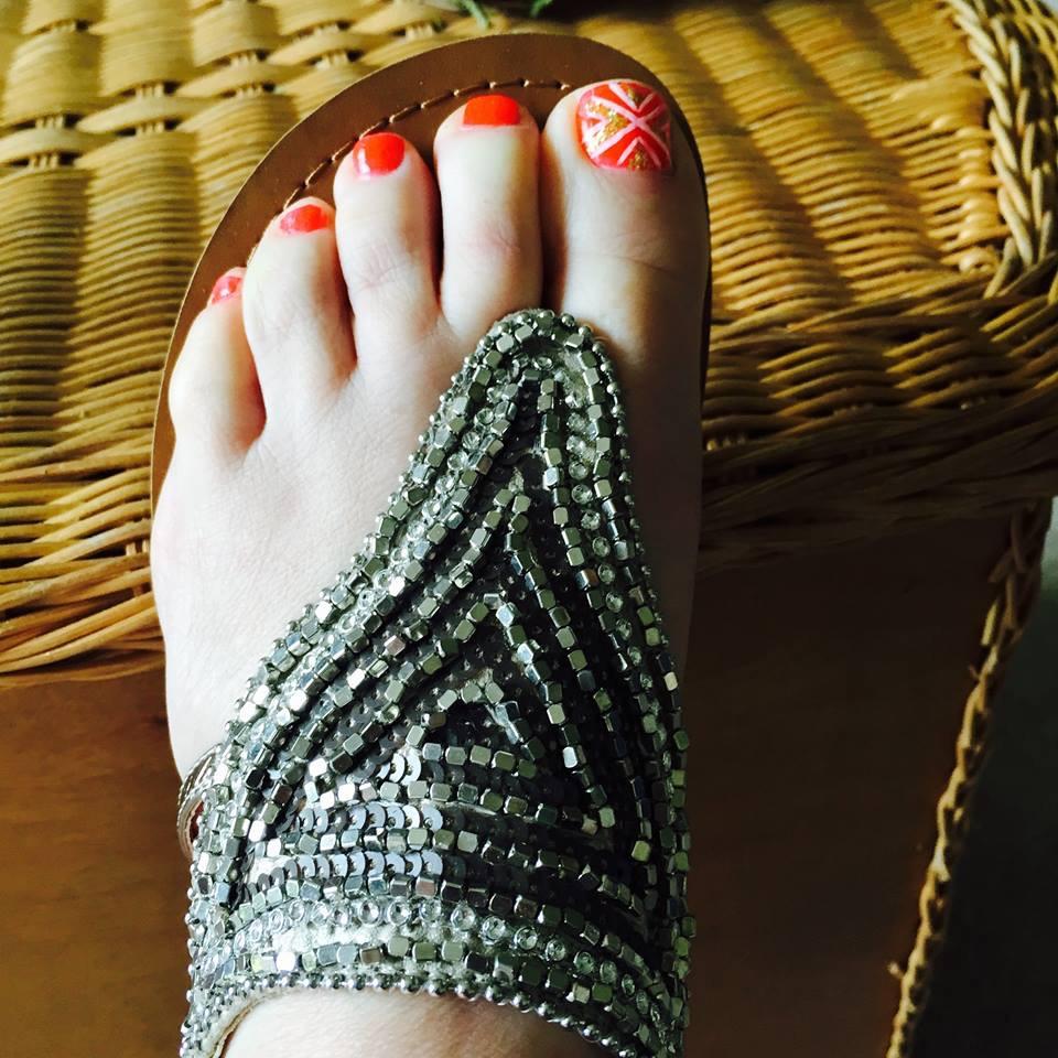 Pretty Fall Winter Pedicure Toe Nail Art Ideas Monterey Farmgirl